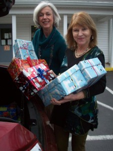 Shoebox project brings holiday cheer to valley kids