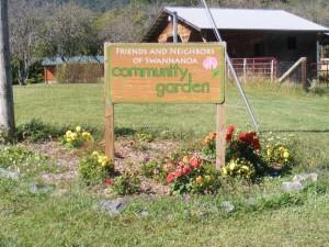 comm_garden_sign